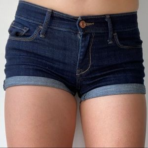 Abercrombie & Fitch Low Rise Shorts | Size 2, W 26